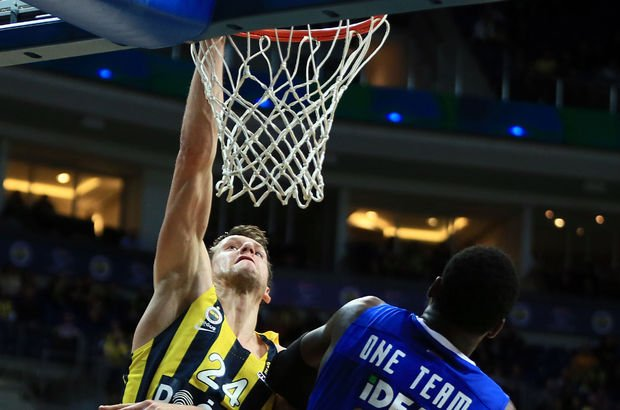 Fenerbahçe Doğuş: 82 - Kızılyıldız: 56   MAÇ ÖZETİ