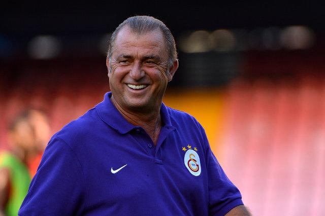 Fatih Terim, Galatasaray'la yeniden anlaşınca caps'ler patladı! İşte Fatih Terim capsleri!