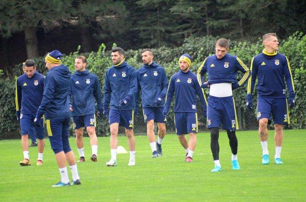 Fenerbahçe'de 4 savunma oyuncusu Atiker Konyaspor maçında yok