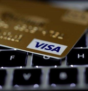 Dikkat: Kredi kartı bilgileriniz Facebook'ta satılıyor olabilir!