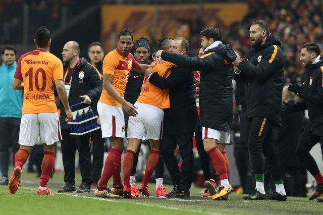 Bülent Yavuz, Galatasaray-Göztepe maçını değerlendirdi 60
