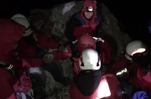 Mersin'de uçurumdan inmek için çamaşır ipi kullandı ekipleri seferberr etti