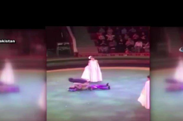 Sirk gösterisinde metrelerce yüksekten düştü