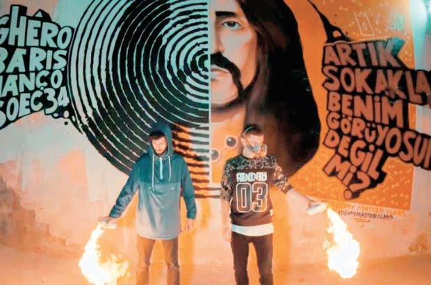 İki graffiti sanatçısı Barış Manço'nun portresini çizdi