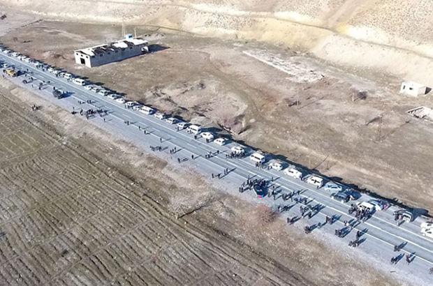 AK Parti'li Tekin, 200 araçlık konvoyla karşılandı