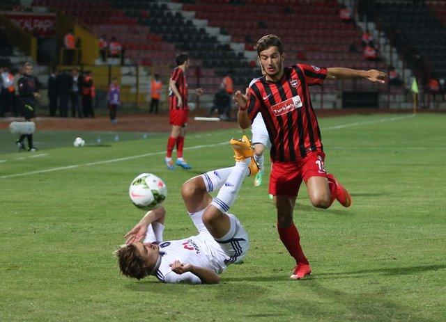Gaziantepspor kapatılacak mı? - Ekonomik açıdan zor günler geçiren Gaziantepspor, bir dönem Türk futboluna transfer satışlarıyla damga vuruyordu!