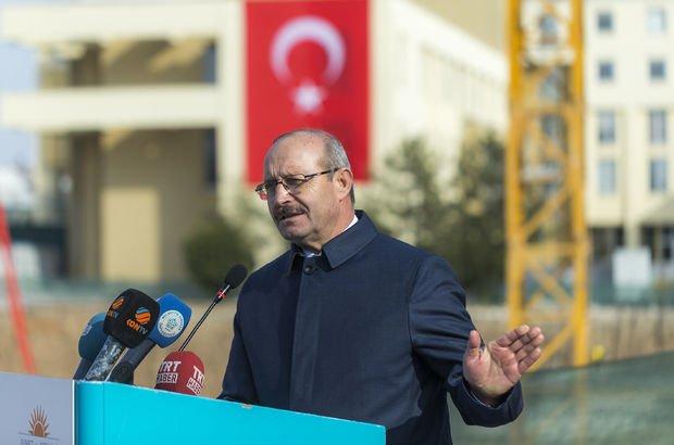 Sorgun'dan 'Abdullah Gül' yorumu: Dostların attığı gül incitebilir