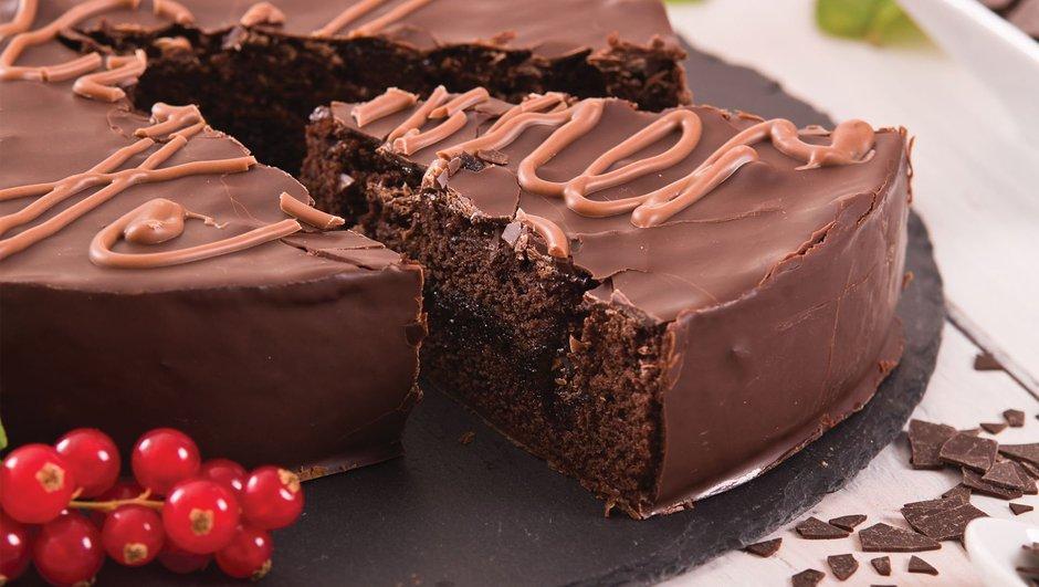 Viyana usulü çikolatalı pasta