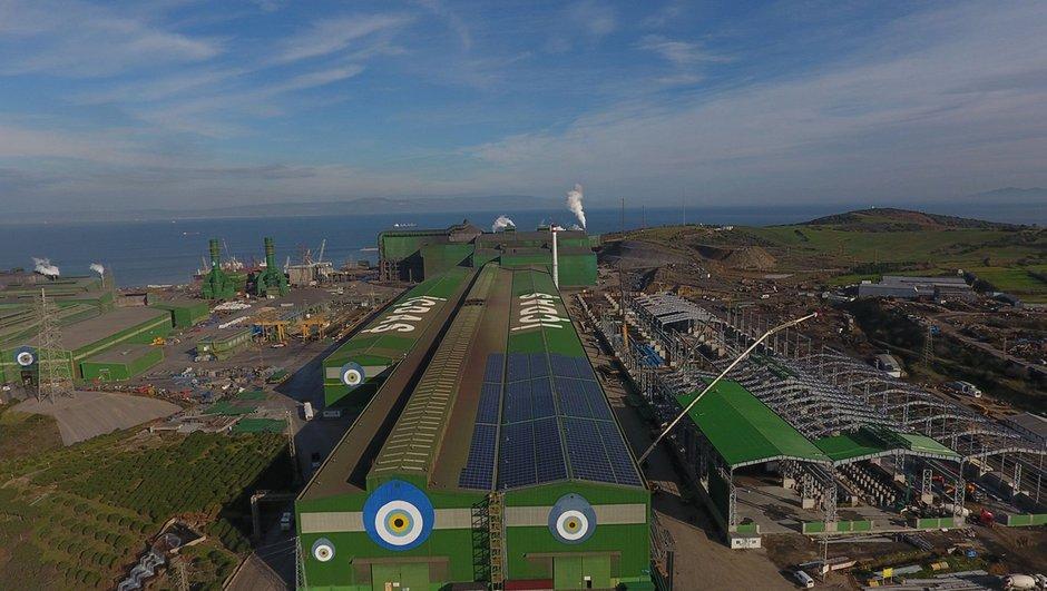 Çatıya 2 bin 300 tane güneş paneli koydu