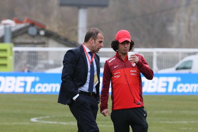 Arda Turan, Başakşehir'e transfer oldu. Arda Turan, Abdullah Avcı'yla eski günlerine dönebilir! Abdullah Avcı, bunu kariyerinde birçok kez yapmıştı!