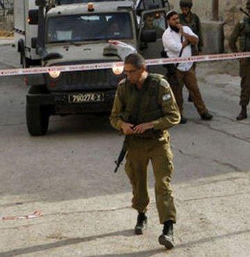 İsrail askerleri 2 Filistinli genci öldürdü