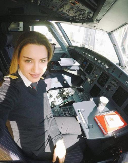Instagram fenomeni Türk kadın pilotlar