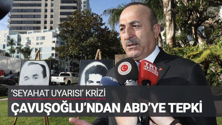 """Dışişleri Bakanı Mevlüt Çavuşoğlu, ABD'nin Türkiye'ye yönelik seyahat uyarısına ilişkin """"Son seyahat uyarısı gibi, bir müttefike ve olgunluğa yakışmayan gereksiz tavırlarla uğraşmamamız lazım"""" dedi."""
