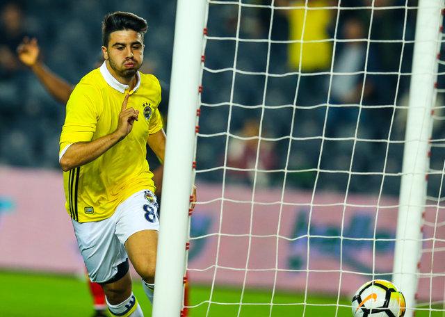 Fenerbahçe'de kadro dışı kalan Ozan Tufan'ı transfer etmek için Beşiktaş ve Galatasaray devreye girmiş! - FB - GS - BJK transfer haberleri
