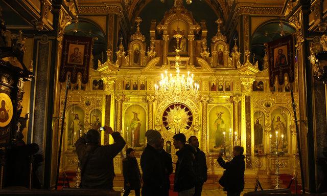 """""""Demir Kilise""""ye ziyaretçi akını"""