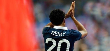 Loic Remy, Gomis'le görüştü, Galatasaray'ın transfer ilgisinden memnun olduğunu söyledi! - Galatasaray transfer haberleri -