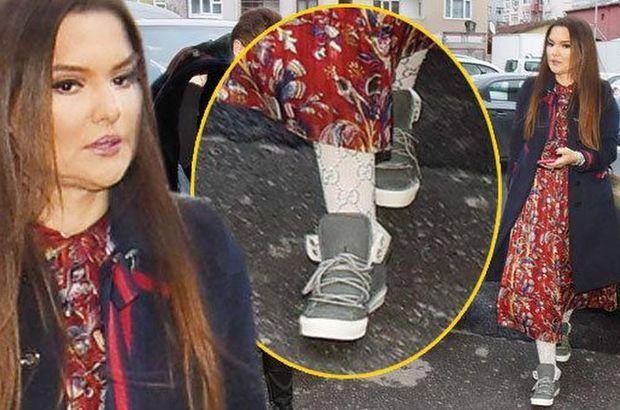 Demet Akalın'ın bir çift çorabı 5 bin lira