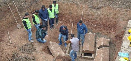 Mersin Tarsus'taki lahitlerin içerisinden bir şey çıkmadı