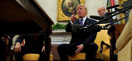 Donald Trump, muhabirin sorusuna kızdı, 'Dışarı' diyerek kovdu!