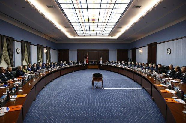 AK Parti uyum komisyonları üyeleri Erdoğan'la görüştü