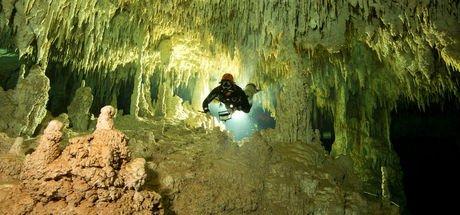 Dünyanın en büyük su altı mağarası!