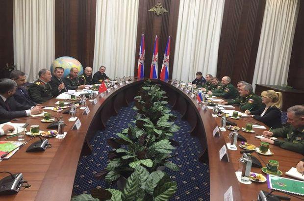 Moskova'daki Afrin masasından ilk fotoğraf!
