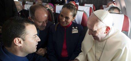 Papa 36 bin fitte nikâh kıydı