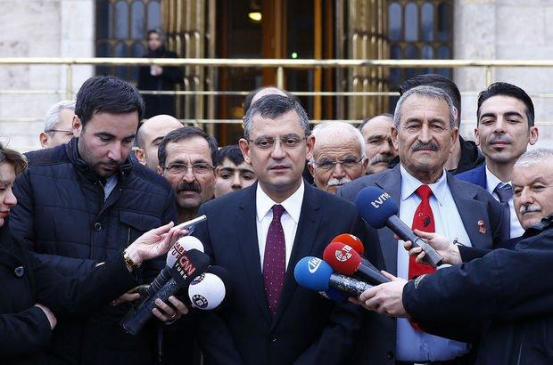 CHP'li  Özel'den 'İttifak Komisyonu'nun toplandığı salona eleştiri