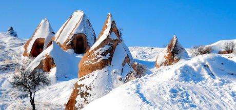 Kapadokya'da kar güzelliği