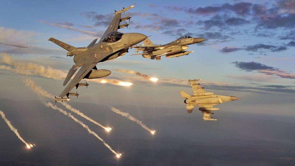 Hangi ülkenin kaç savaş uçağı var? Türkiye de açıklandı