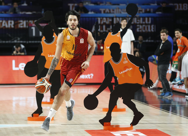 Tahincioğlu All-Star 2018 nefesleri kesti! İşte All-Star maçı ve yarışmaları sonucu! Murat Boz konser verdi, Onuralp Bitim damga vurdu!