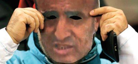 Kayserisporlu taraftarlar Selahattin Aydoğdu maskesi taktı