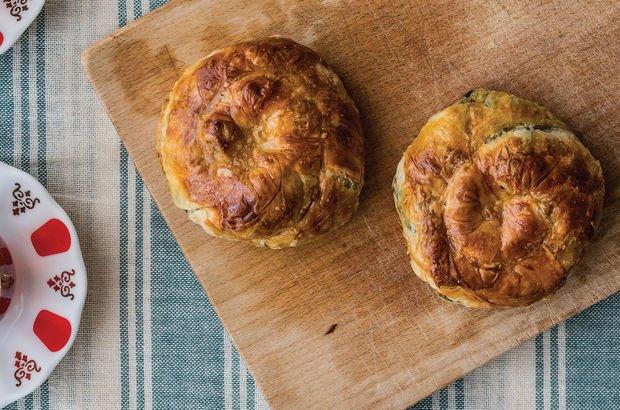 Patlıcanlı gül böreği tarifi