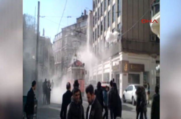 İstiklal Caddesi'nde panik anları! Tramvay seferleri aksadı