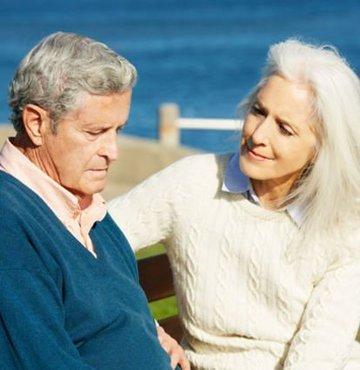 Diş Hekimi İlker Arslan, diş eti hastalığının Alzheimer'a sebep olabileceğini ve gerekli önlemlerin alınmaması sonucunda büyük sorunlara yol açabileceğini belirtti