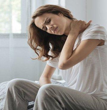 Birçok kişinin sorunu olan bölgesel ağrıların zaman zaman yaşam kalitesini oldukça kötü etkileyebildiğini belirten Nöroşirurji Uzmanı Op.Dr. Kerem Bıkmaz sıkça karşılaşılan boyun fıtığı konusunda önemli bilgiler verdi