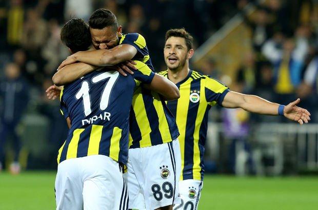 Fenerbahçeli yıldızları dolandırdılar!
