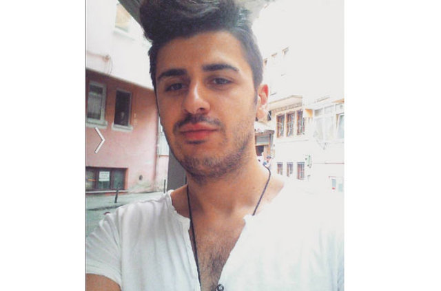 Emrah'ın oğlu Tayfun Erdoğan, sevgilisi Funda Çakır'dan ayrıldı - Magazin haberleri