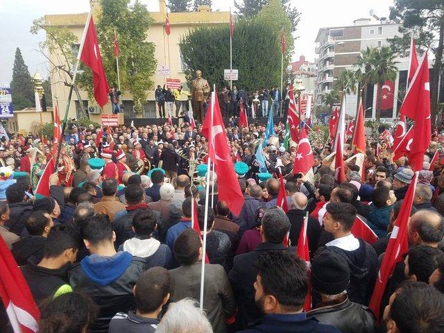 Sınırın sıfır noktasında, Mehmetçiğe destek yürüyüşü