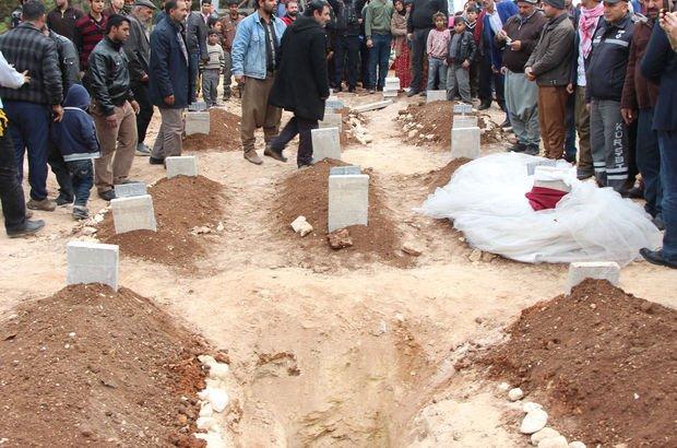 Katliam gibi kaza! Yan yana 9 mezar açıldı, görenler sinir krizi geçirdi