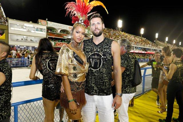 Victoria's Secret melekleri Rio Karnavalı'nda