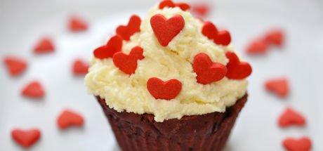 Kalpli Sevgililer Günü kekleri nasıl yapılır? Kalpli Sevgililer Günü kekleri tarifi