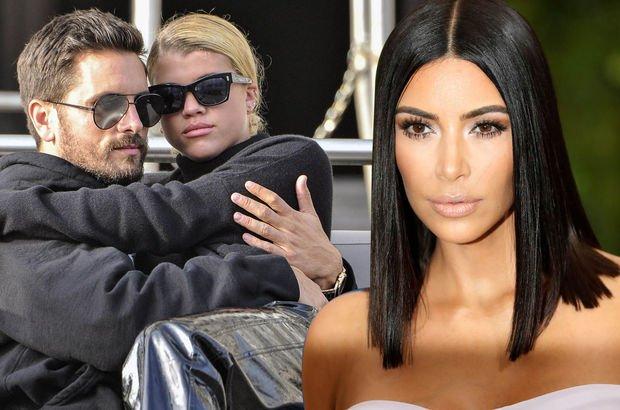 Kim Kardashian - Kourtney Kardashian - Scott Disick - Sofia Richie