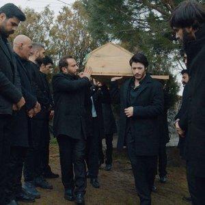 VARTOLU'NUN CENAZESİ HERKESİ ŞAŞIRTTI