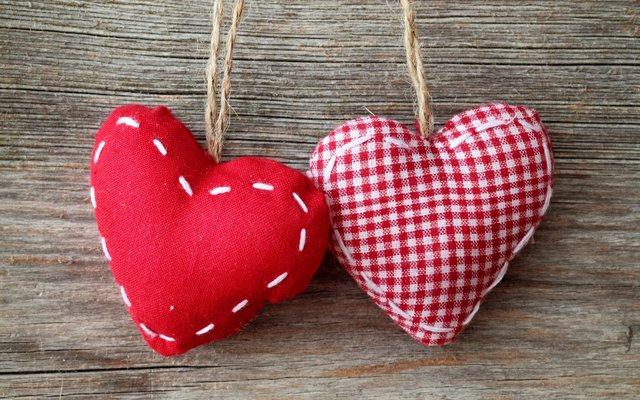 14 Şubat Sevgililer Günü mesajları ve Sevgililer Günü sözleri için en romantik, farklı alternatifler
