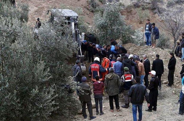 Mersin'de korkunç olay! Baba oğul kazdıkları toprağın altında kaldı