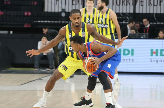 Fenerbahçe Doğuş: 80 - Anadolu Efes: 83