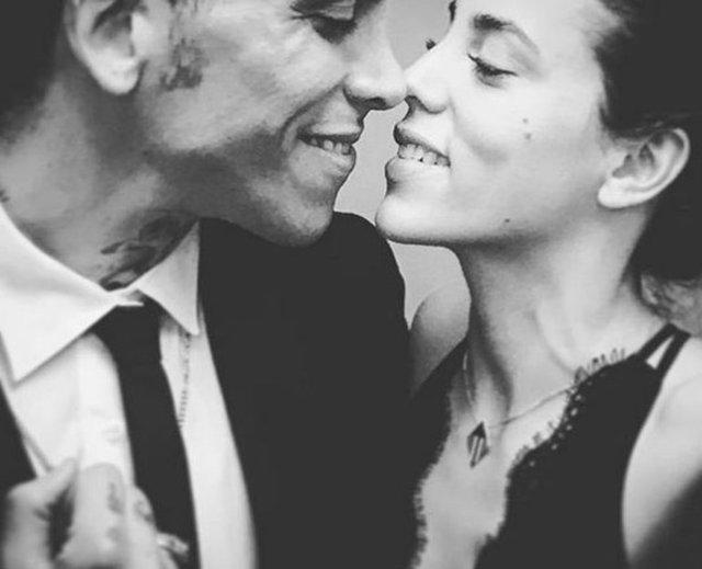 Can Bonomo ile Öykü Karayel evleniyor - Can Bonomo ile Öykü Karayel nişanlandı - Magazin haberleri