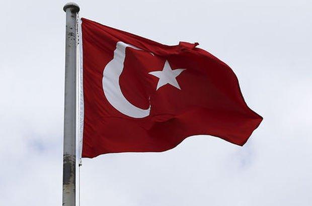 TBMM Türk bayrağı