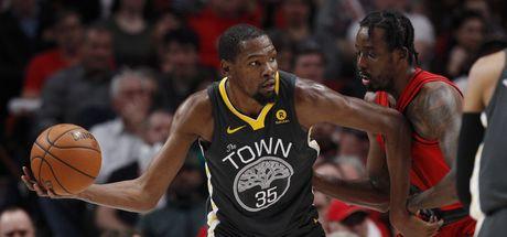 Durant oynadı ama Warriors kazandı!